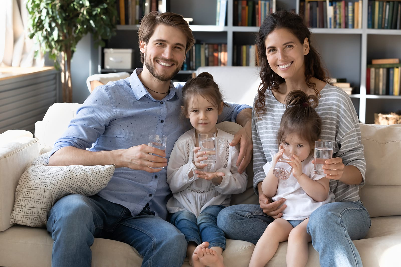 healthy family drinking water